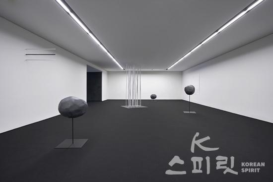 김인배 개인전, '사랑, 기억하고 있습니까' [사진=페리지갤러리]