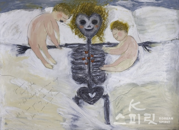 Skull mommy, 2019. Oil pastel, pencil on papers, 56 x 77 cm, Kim Ran. [사진=갤러리도스]